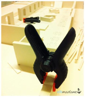 Modellbau Klammer Pappe