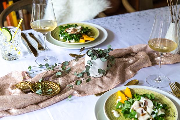 Feldsalat mit Champignons und Joghurtdressing