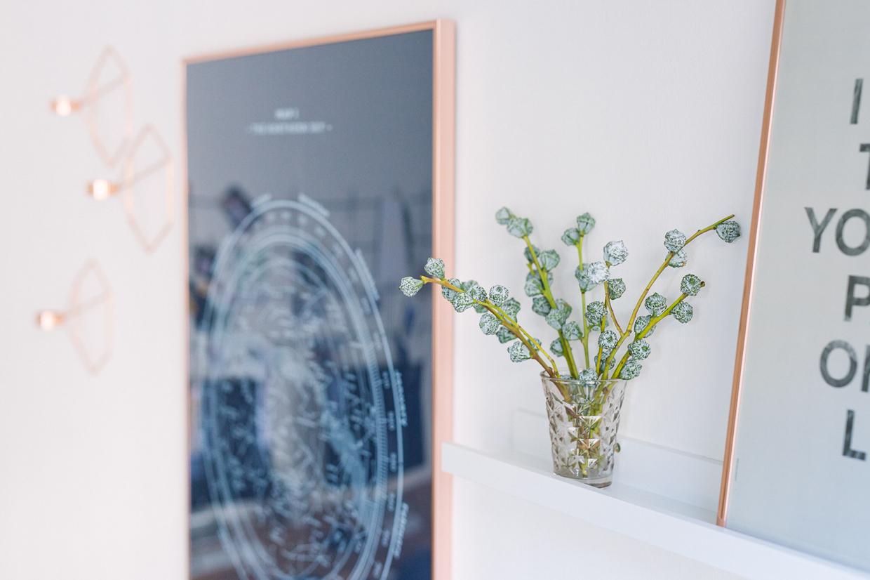 Wohnzimmer Altbau EinrichtenWohnzimmer Blau Kupfer Einrichten
