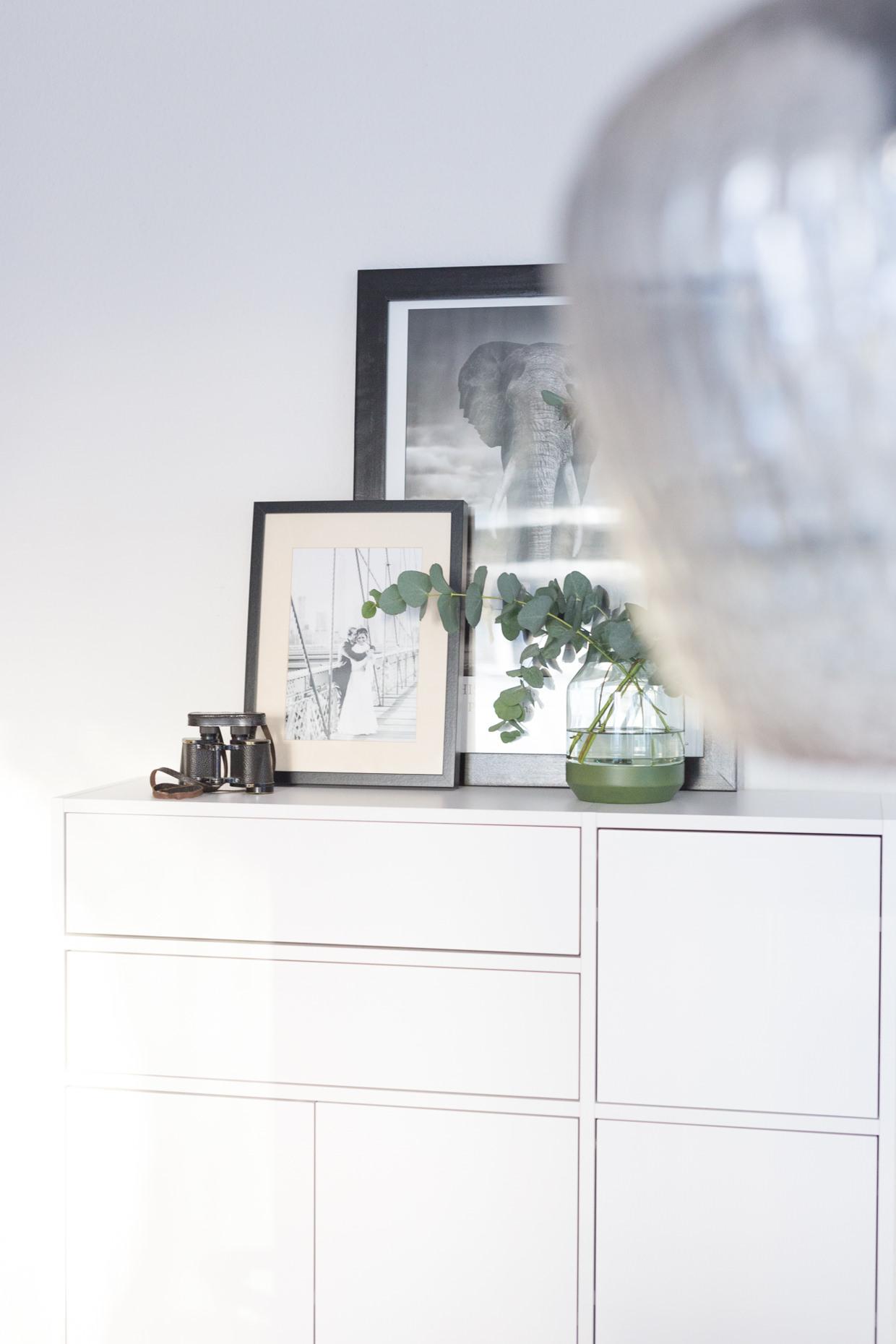 Weißes Sideboard im Esszimmer von mycs