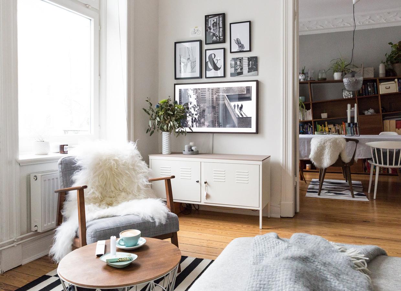 So versteckst du deinen fernseher im wohnzimmer elbmadame - Fernseher wohnzimmer ...